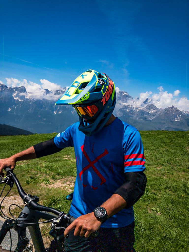 Biker-vor-Panorama